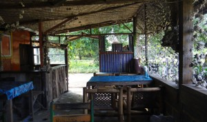 beach-warung-gili-air
