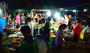 gili-trawangan-art-market-local-food