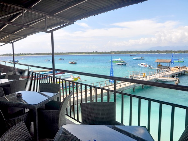 gili trawangan resort bar spa