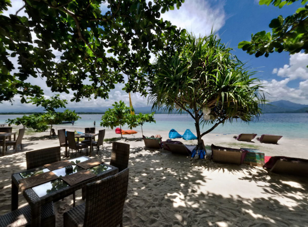 the beach club gili air accommodation